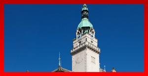 Tlačítko radniční věž, obrázek se otevře v novém okně