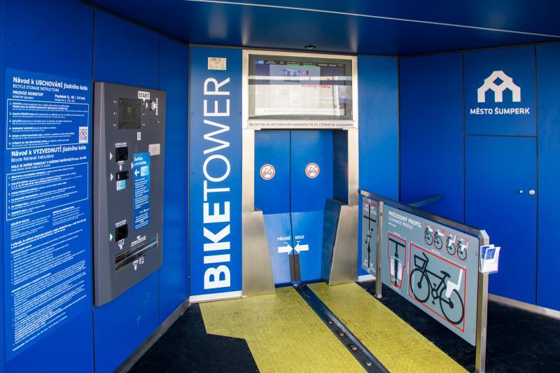 Prostor cyklověže určený pro ukládání kol