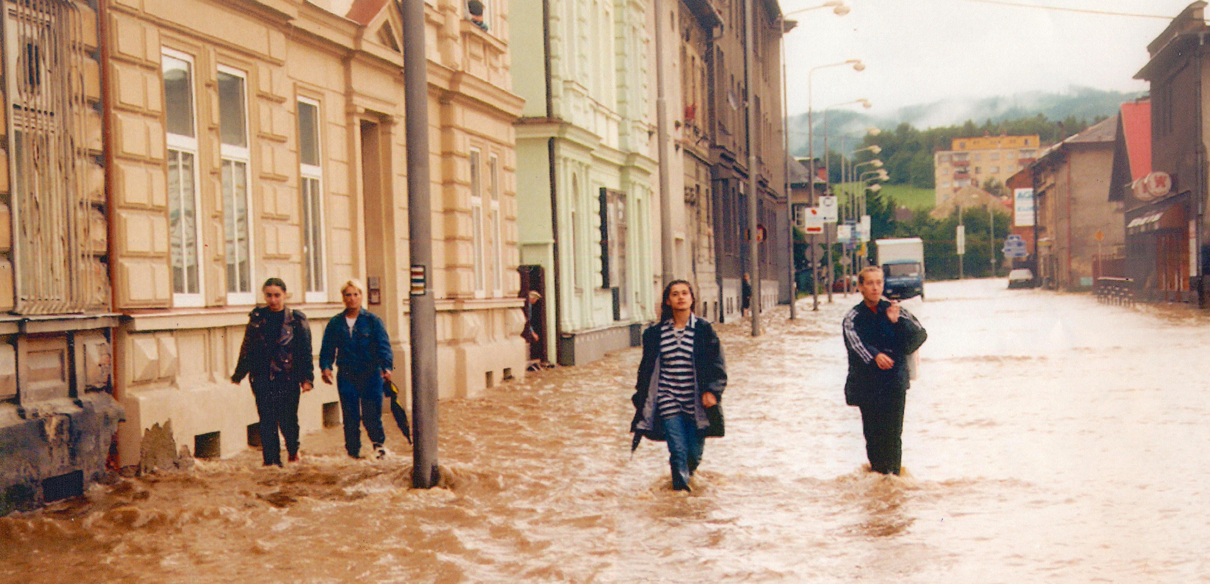 ulice Jesenická u vlakového nádraží